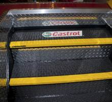 PitSystems.com 888-889-9592 Auto Service Pit System Inside Pit Non-Slip Non-Skid Stairs